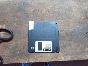Macintosh Plus - Floppy disk hacked