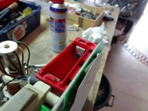 Scomparto batteria tampone ripulito